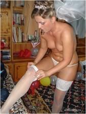 Free porn pics of Slut bride   1 of 20 pics