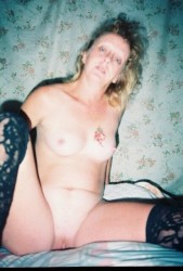 Free porn pics of susie nude at home 1 of 20 pics