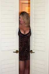 Free porn pics of Hotwife Lifestyle 1 of 24 pics