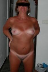 Free porn pics of Wife preggo 1 of 28 pics